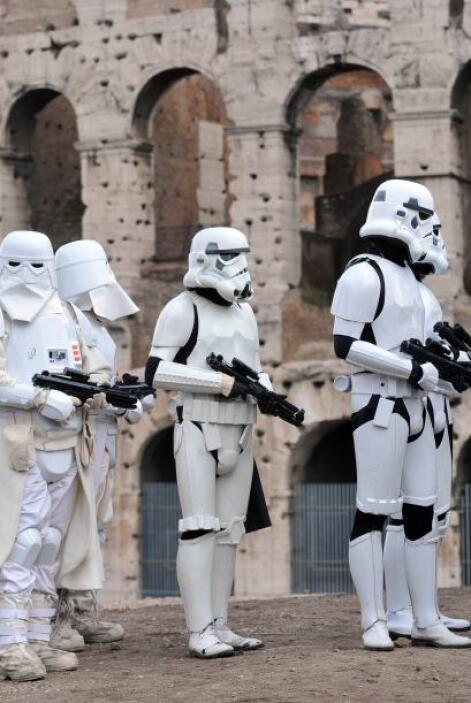 Fanáticos de la saga de George Lucas alrededor del mundo conmemoran el día.