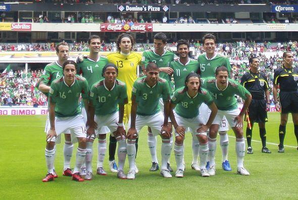 Luego del Mundial de Sudáfrica 2010, la Selección Mexicana disputó su pr...