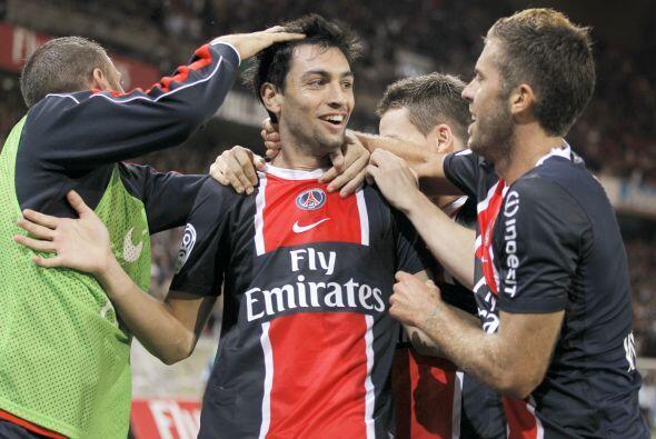 Y con dos goles, lideró el triunfo de los parisinos por 3-0 sobre...