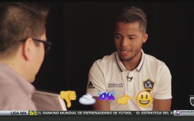 Giovani dos Santos es un as con los Emojis