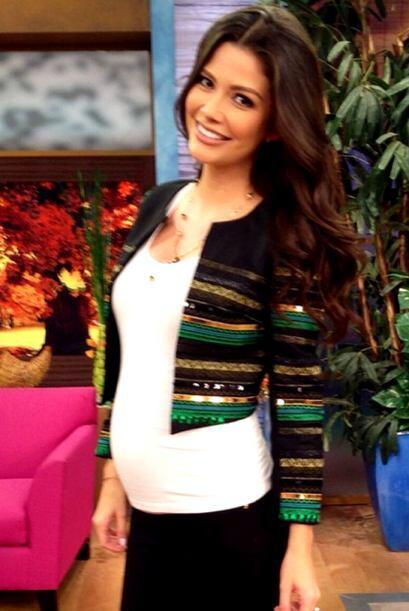 Ana Patricia dio la bienvenida a la semana de Acción de Gracias....