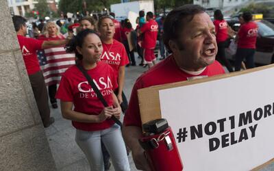 Posibilidad de acciones ejecutivas revive la esperanza de inmigrantes