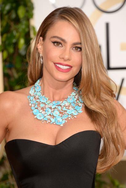 Sofía Vergara lució impecable, bella y con su cabellera suelta, en tonos...