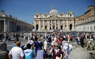 Detrás de la Noticia: primera canonización digital