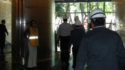 El potente temblor estremeció la capital mexicana y causó alarma entre s...