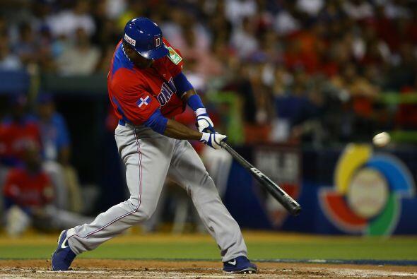Los dominicanos y los puertorriqueños buscarán uno de los dos lugares en...