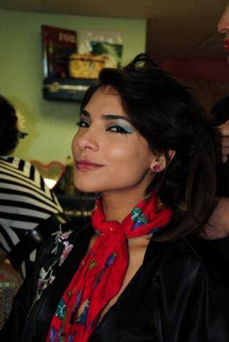 Alejandra habló con las estilistas y las maquilladoras para aprender de...