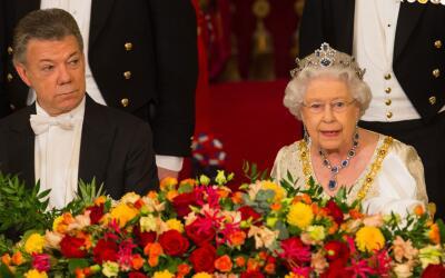 La Reina Isabel recibe al presidente de Colombia