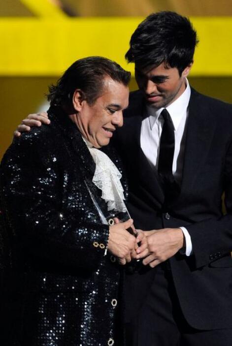 Enrique expresó su profundo cariño y admiración al 'Divo de Juárez'.