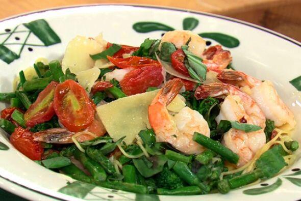 Camarones Primavera:El sabor de la cocina italiana te atrapará desde el...