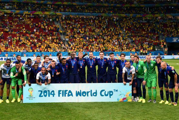 En el partido por el tercer lugar de la Copa del Mundo, Holanda se llev&...
