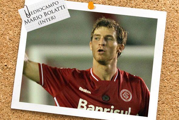 Mario Bolatti se convirtió en figura del Inter de Brasil. Lleva 3...