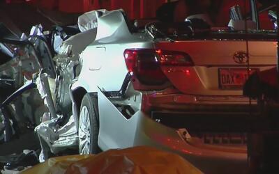 Un muerto y ocho heridos dejó accidente que involucró a seis vehículos e...