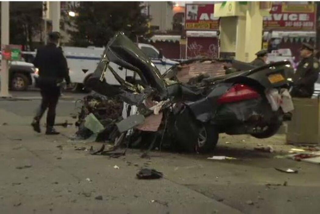 Y en este caso, el auto quedó completamente destrozado después de chocar...