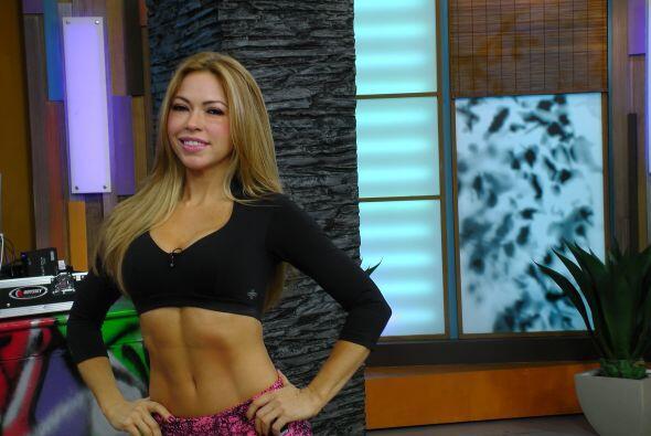 La entrenadora Claudia Molina mostró en Despierta América una rutina muy...