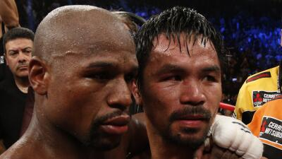 Mayweather y Pacquiao se abrazan tras su pelea