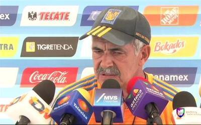 'Tuca' Ferretti no está satisfecho con lo que a hecho hasta ahora el equipo