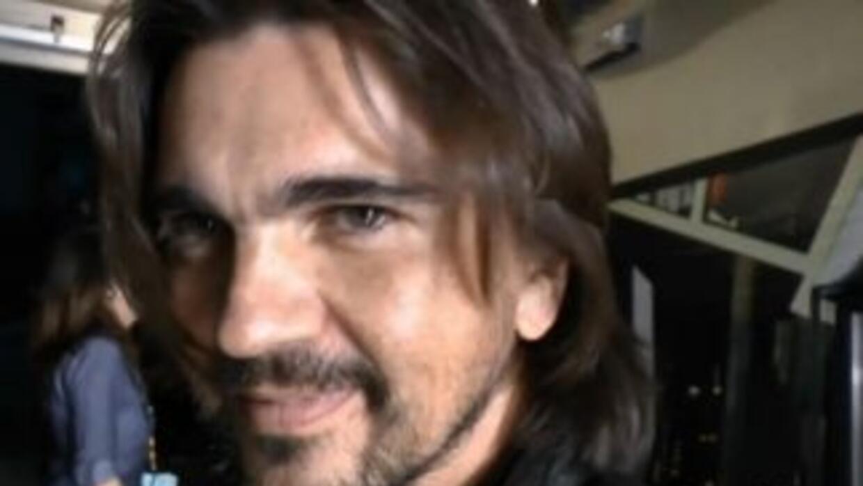 Juanes quiere que opines si te gusta de pelo largo o corto en Premios Ju...