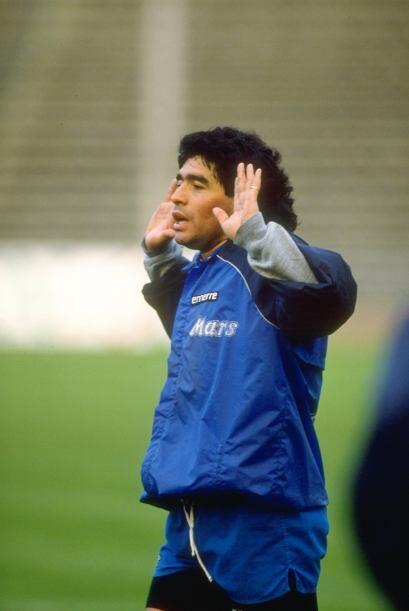 Con el Napoli disputó dos Copas de Europa, pero en ninguna destacó, ya q...