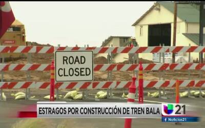 Estragos por construcción del tren