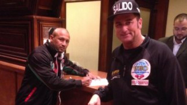 Orlando 'Siri' Salido llegó a Puerto Rico para presentar pelea con Rocky...