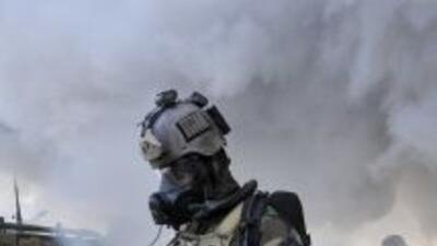 Actualmente los soldados usan máscaras y equipo de protección, pero el s...