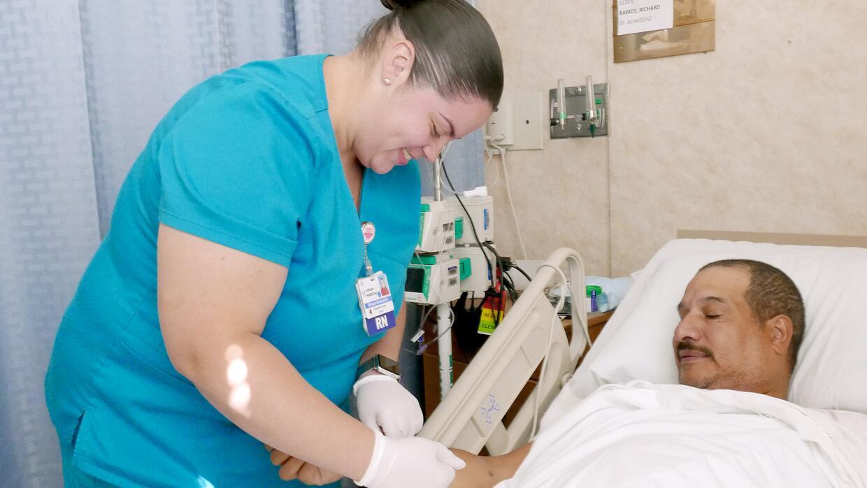 """Méndez dice celebrar cada día """"siendo la mejor enfermera posible y repre..."""
