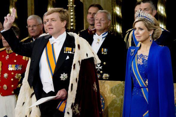Guillermo Alejandro y Máxima son los reyes de los Países B...