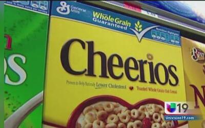 Anuncian retiro de lotes de cereal