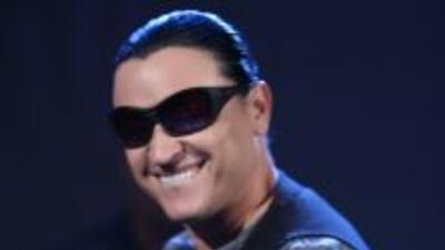 El cantante Elvis Crespo contó cuáles fueron algunos de los regalos que...