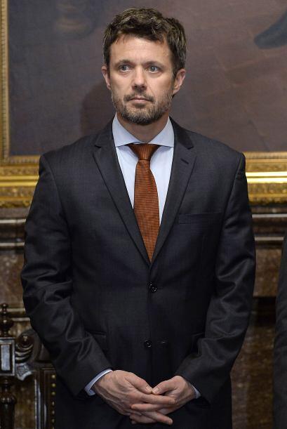 Por su parte, también el jefe de Gobierno del Distrito Federal, Miguel Á...