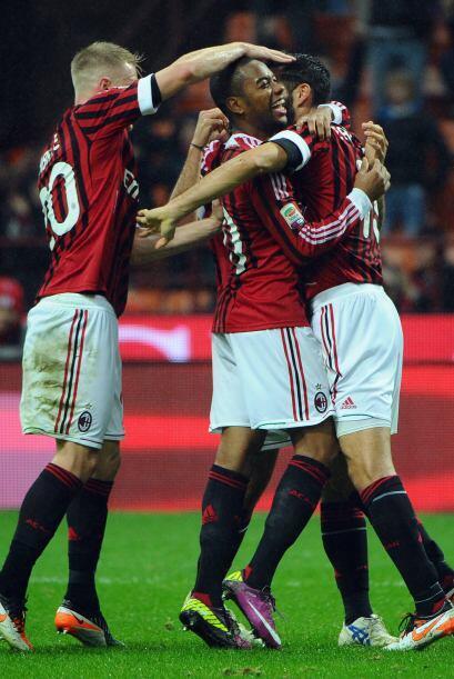Al minuto 69 él Milan ya ganaba 3 por 0 con facilidad.