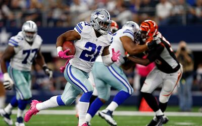 Revive la espectacular escapada de Ezekiel Elliot 60 yardas hasta el tou...