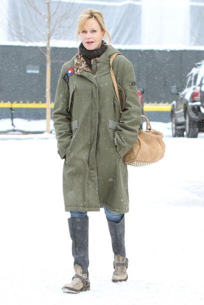 Melanie Griffith es una de las pocas que medio aprobó el juicio 'fashion...