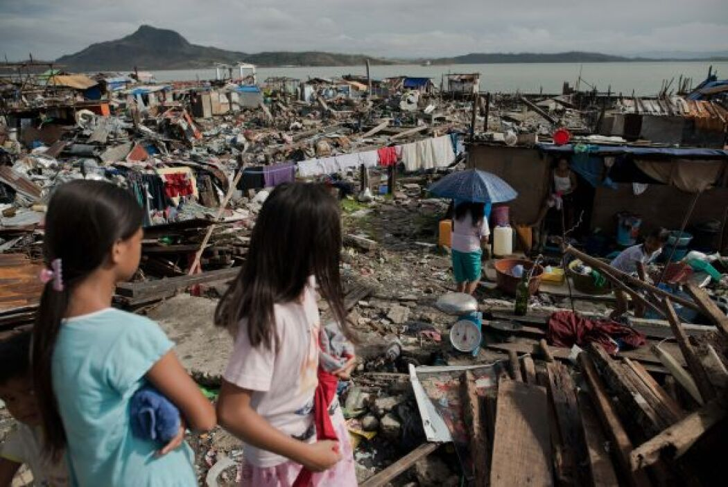 """""""Con más de 500,000 hogares completamente destruidos, la necesidad urgen..."""