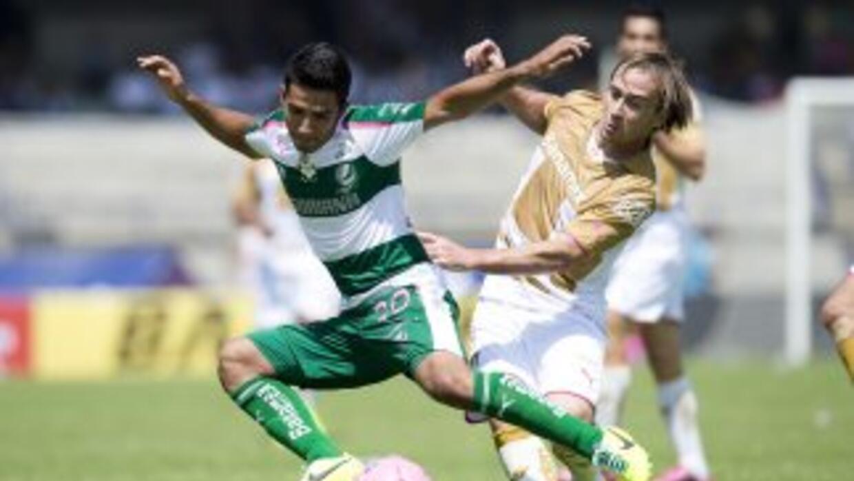 Santos y Pumas se miden en duelo de la fecah 13.