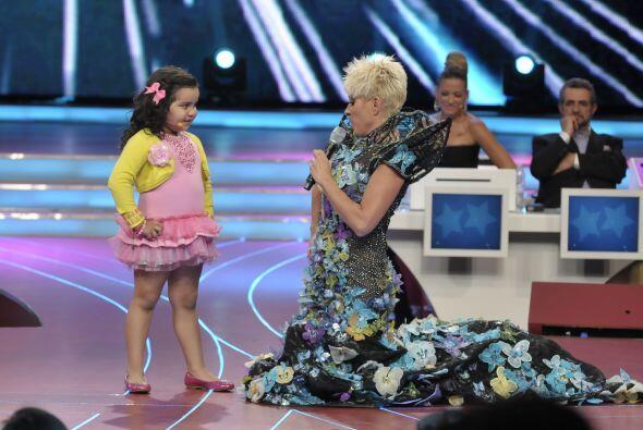 Y Fátima también quiso impresionarnos haciendo dueto con Y...