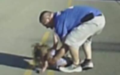 En video, la caída de una menor desde un autobús escolar en marcha en Ar...