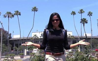 Natalíz se fue a Pasadena y visitó el Rose Bowl Stadium