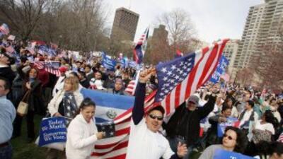 Mientras el Congreso no aprueba una reforma migratoria, expertos adviert...