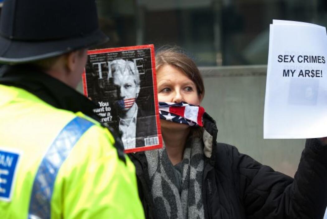 Diferentes manifestaciones se han suscitado desde su arresto, tanto en l...