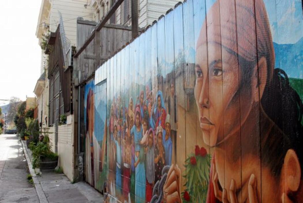 'Naya Bihana' (Un Nuevo Amanecer), mural ubicado en Balmy Alley que fue...