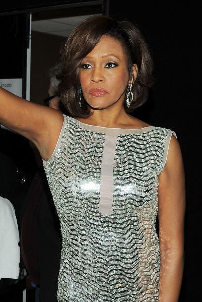 Whitney Houston siguió un programa ambulatorio para tratar la adicción a...