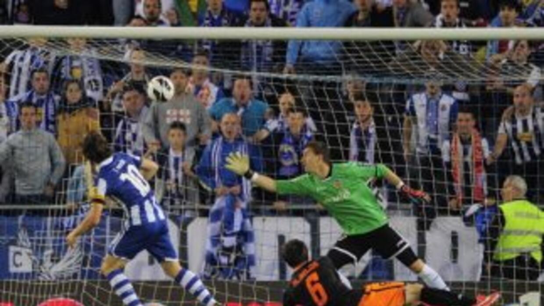 Verdú anota por el Espanyol ante Valencia.