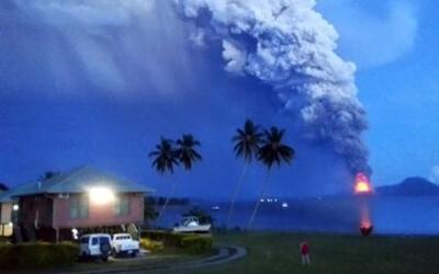 Impactantes imágenes del volcán Monte Tavurvur en Papúa Nueva Guinea