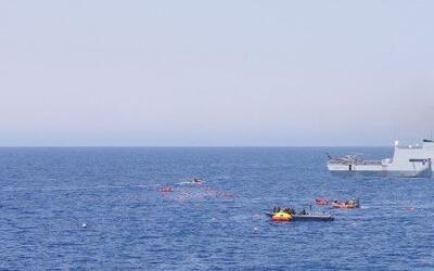 Imagen de operaciones de rescate de la Marina Italiana.