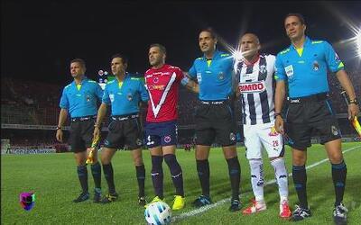 Los tiburones de Veracruz vencieron a Monterrey en casa por 2-1