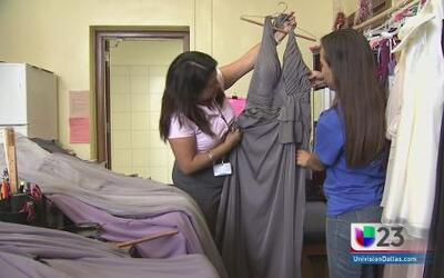 Done vestidos para estudiantes de Dallas