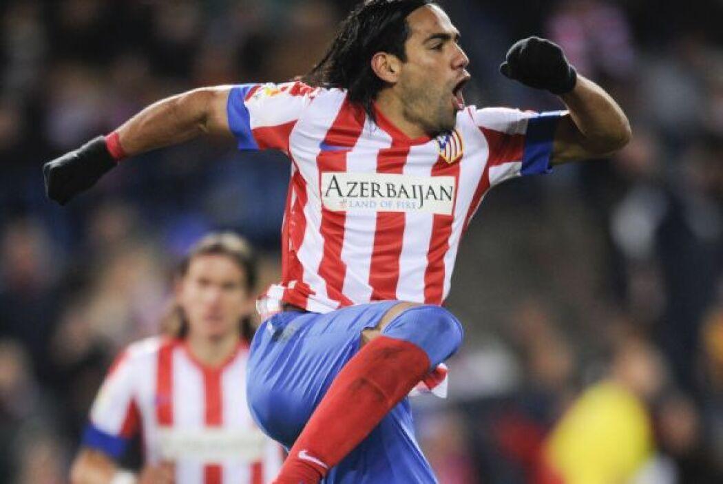 Pero el mismo día que Lio hizo de las suyas, el colombiano Radamel Falca...