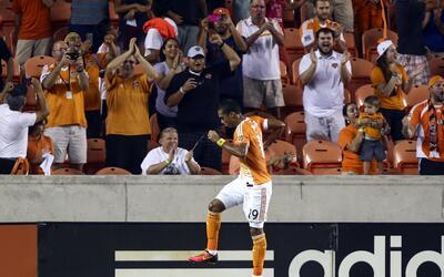Houston Dynamo doblegó sin dificultad 3-1 a Portland Timbers con triplet...